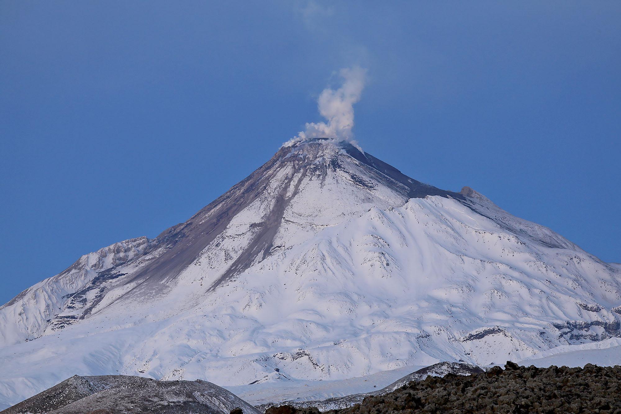 Извержение Безымянного